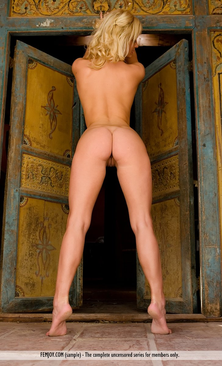 Posing nude hot standing sexy